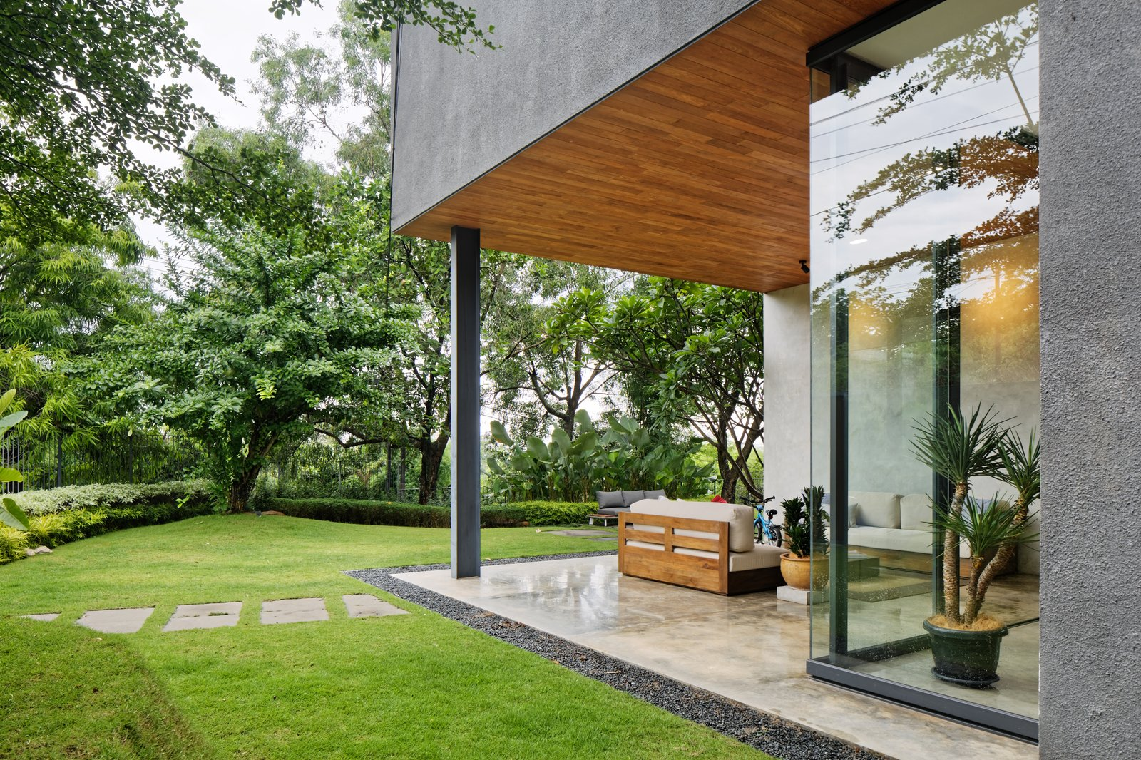 Top 5 Homes of the Week With Lush Outdoor Spaces