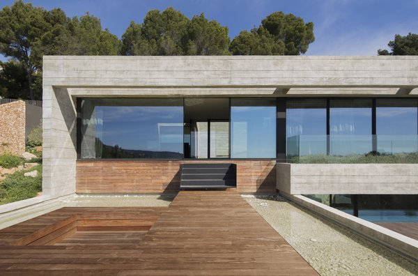 Outdoor, Large, Trees, Wood, Concrete, and Rooftop  Best Outdoor Rooftop Concrete Photos from Villa Boscana