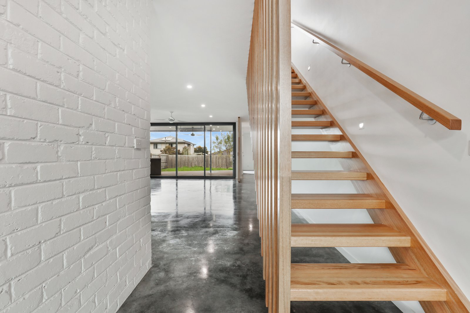 Staircase, Wood Railing, and Wood Tread  Tamara Crecsent by Inverloch 3996