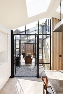 A London Shed Becomes an Airy Home Lit By Three Courtyards - Photo 12 of 13 -