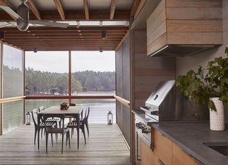 The Splinter Creek model house is a modern rendition of the classic dogtrot. Its materials were inspired by agrarian structures common to the area, and feature informal, simple timber-framed structures characterized by natural light and a mindful sense of place.