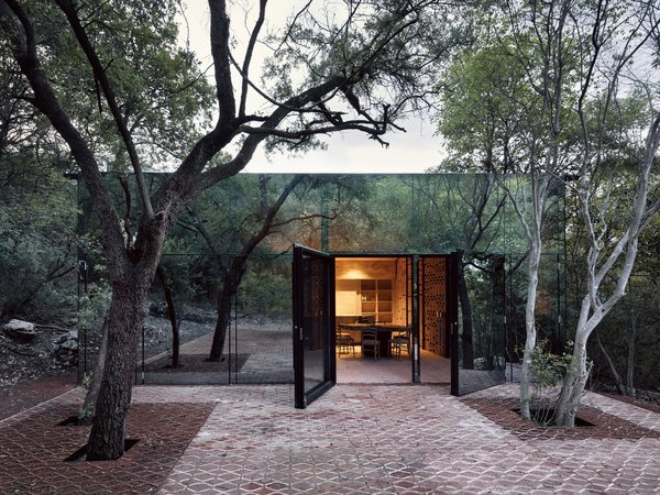 Dwell Home Tours:  A Mirrored House in Monterrey, Mexico