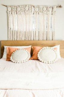 The on-trend macrame hanging in the bedroom is by Las Vegas artist Veronica Torres-Miller.