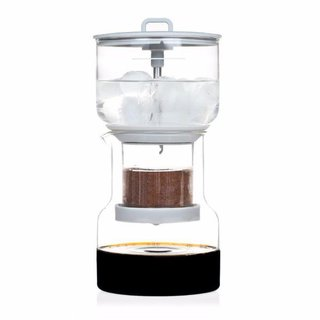 These Are the Items Every Coffee Snob Needs - Photo 17 of 19 -
