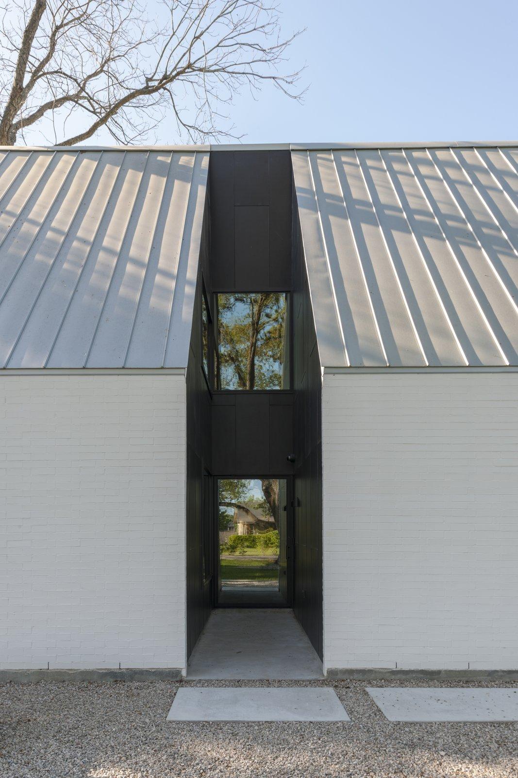 Exterior  R House