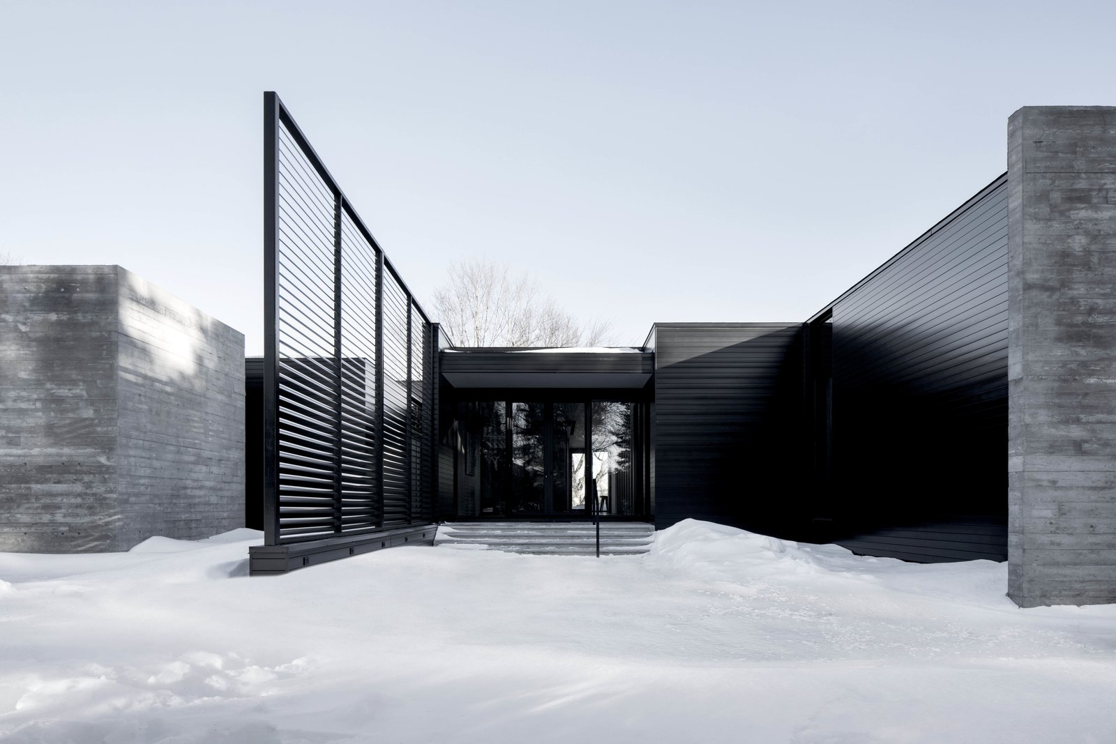 Outdoor  True North by Alain Carle Architecte