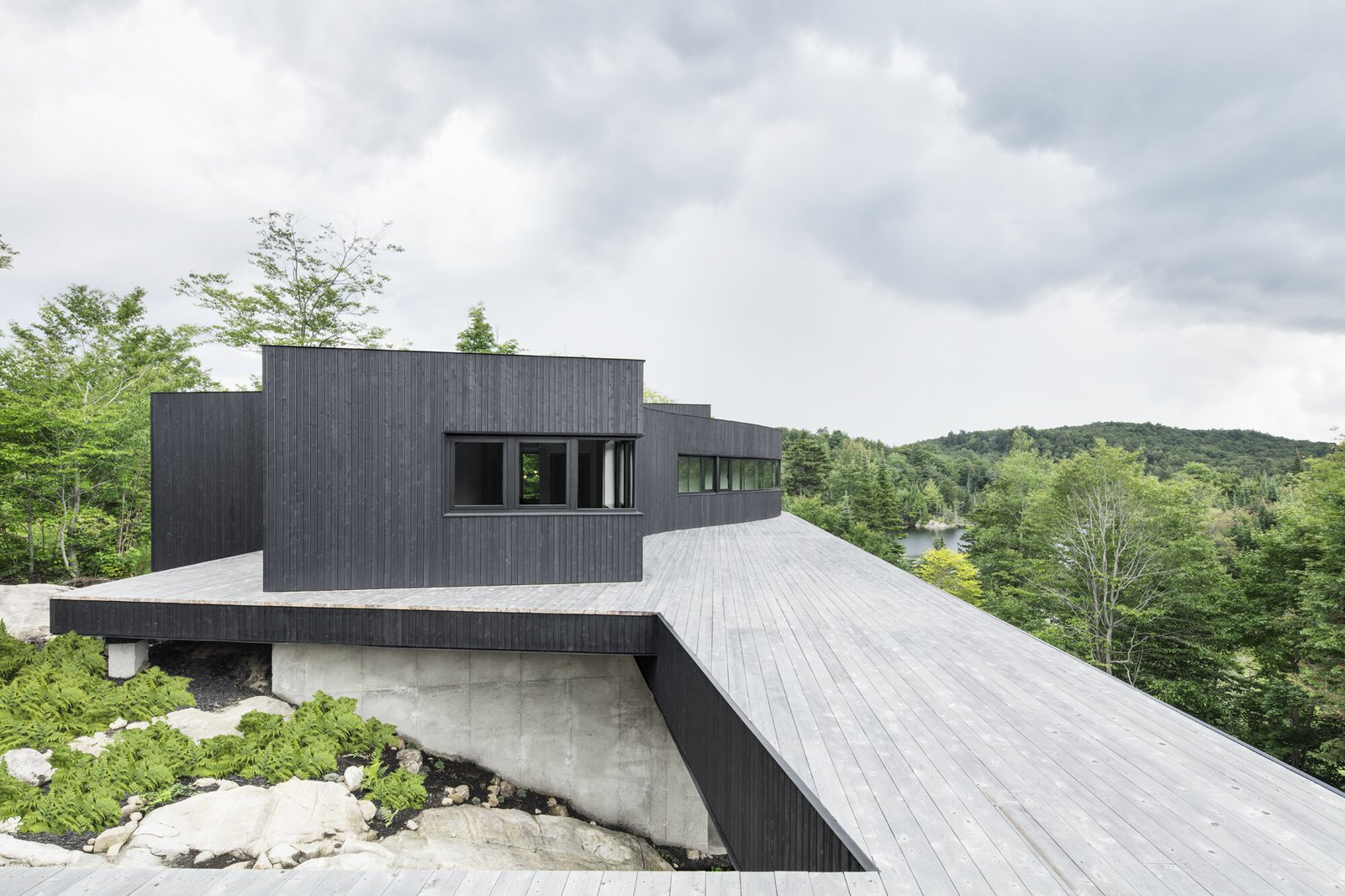 Exterior, Wood Siding Material, and House Building Type  Photos from La Héronnière