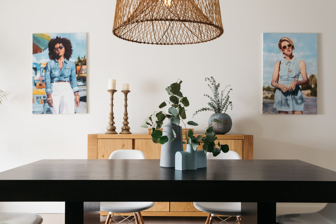 Dining Room, Pendant Lighting, and Table  Olmsted By MINI INNO