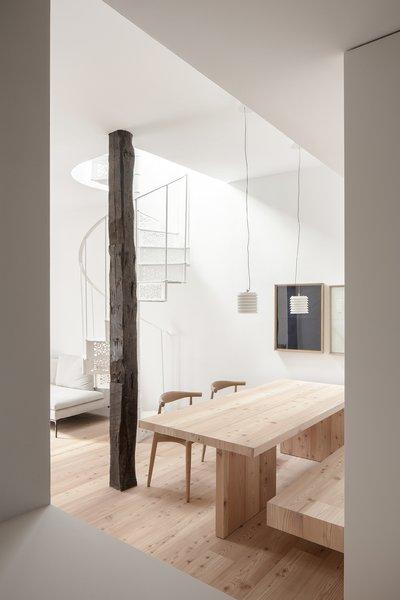 1176 Living Room Light Hardwood Floors Design Photos And Ideas
