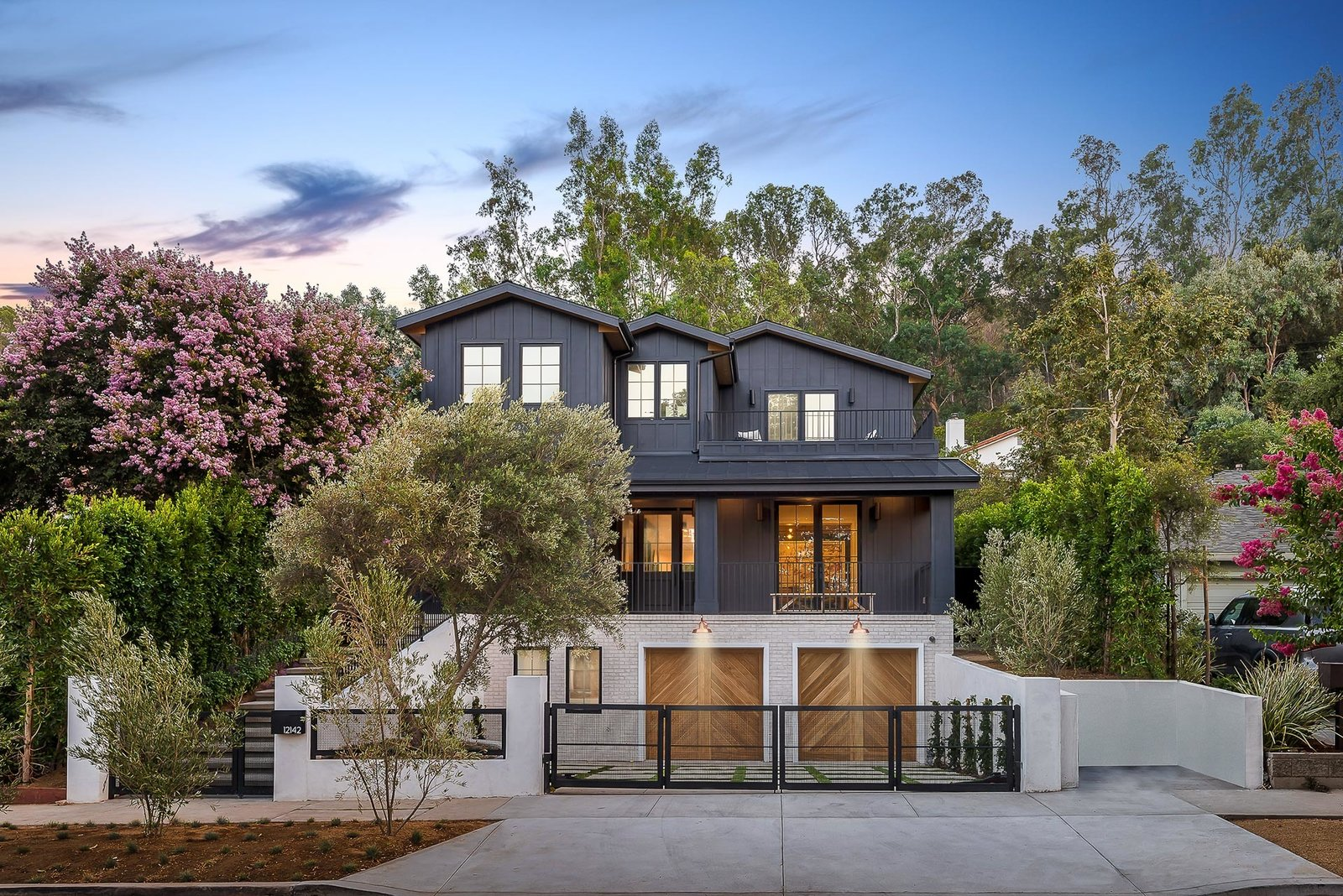 House Building Type  One of a Kind New Construction