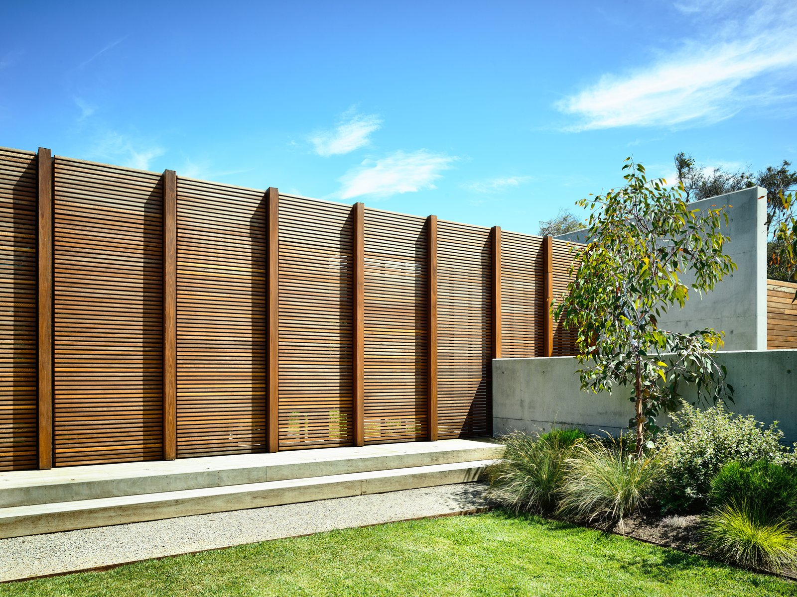 Wood Siding Material, Flat RoofLine, House Building Type, Concrete Siding Material, and Beach House Building Type  DS House, Blairgowrie