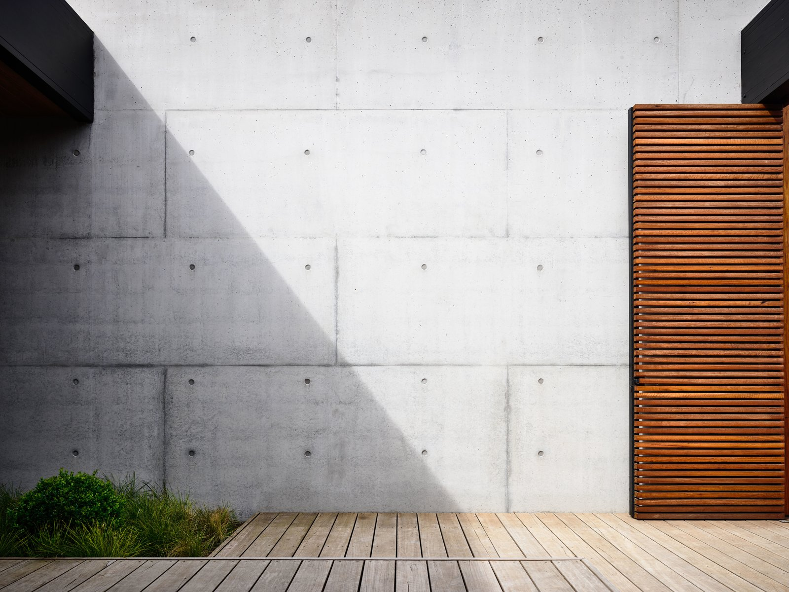 Wood Siding Material, Concrete Siding Material, House Building Type, Flat RoofLine, and Beach House Building Type  DS House, Blairgowrie