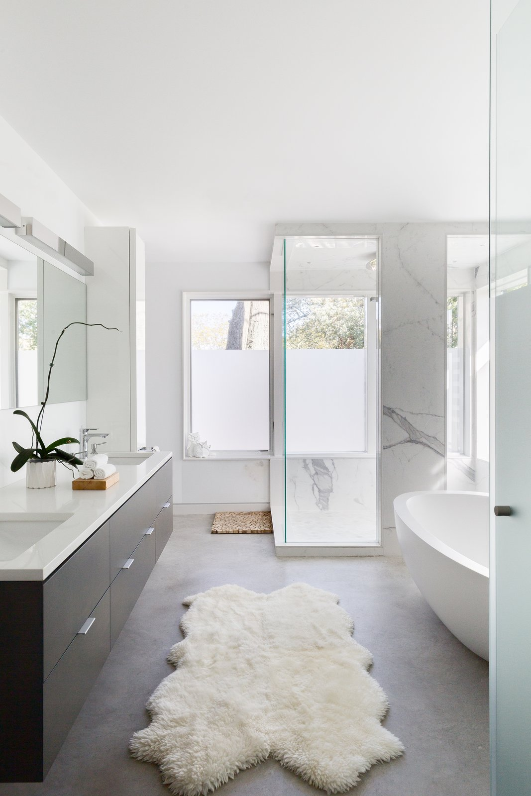 Bath, Wall, Rug, Freestanding, Concrete, Marble, Drop In, Corner, Enclosed, and Marble  Bath Enclosed Corner Marble Photos from Lakeview in the Beaches