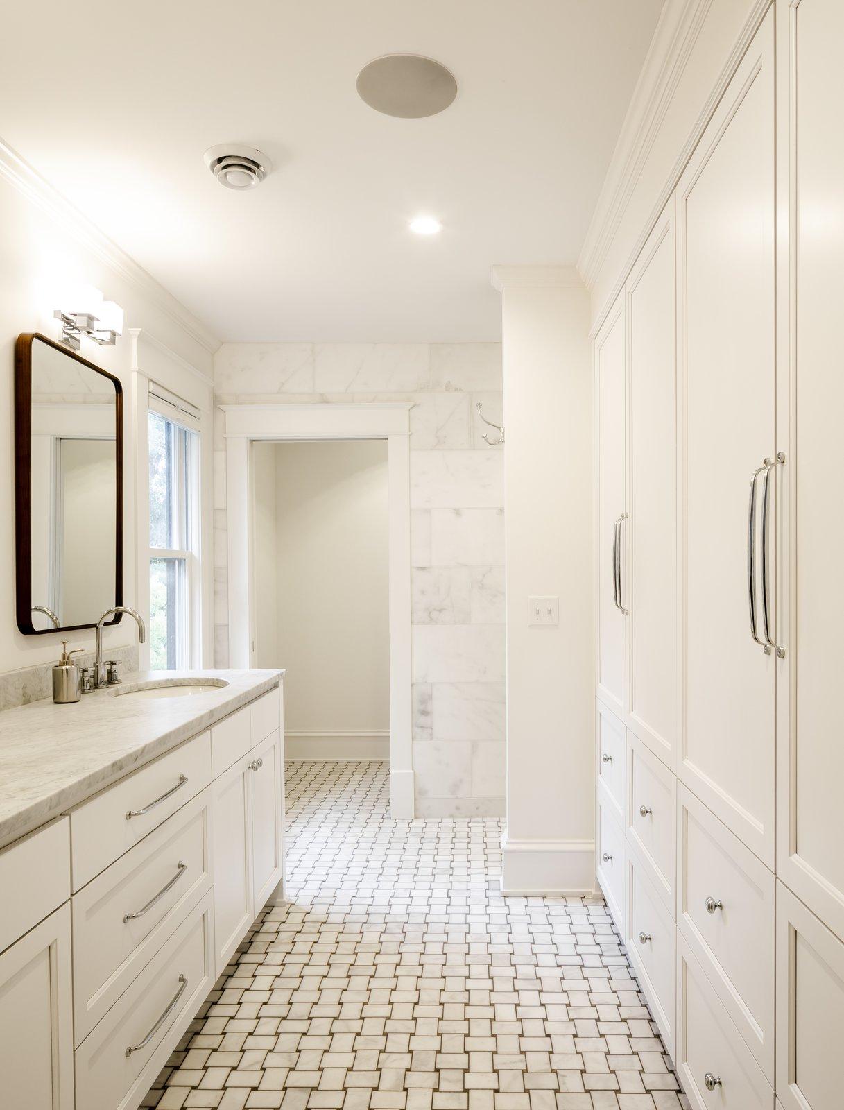 Bath Room  The Murphy House