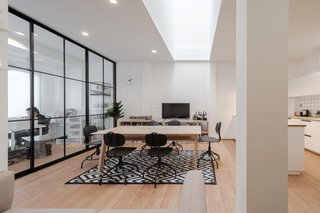 TOUCH Architect's home, office, and studio space combines the best of all worlds. On the second floor, employees can hold meetings in conference rooms, lounge in the multi-use dining space, or cook in the kitchen.