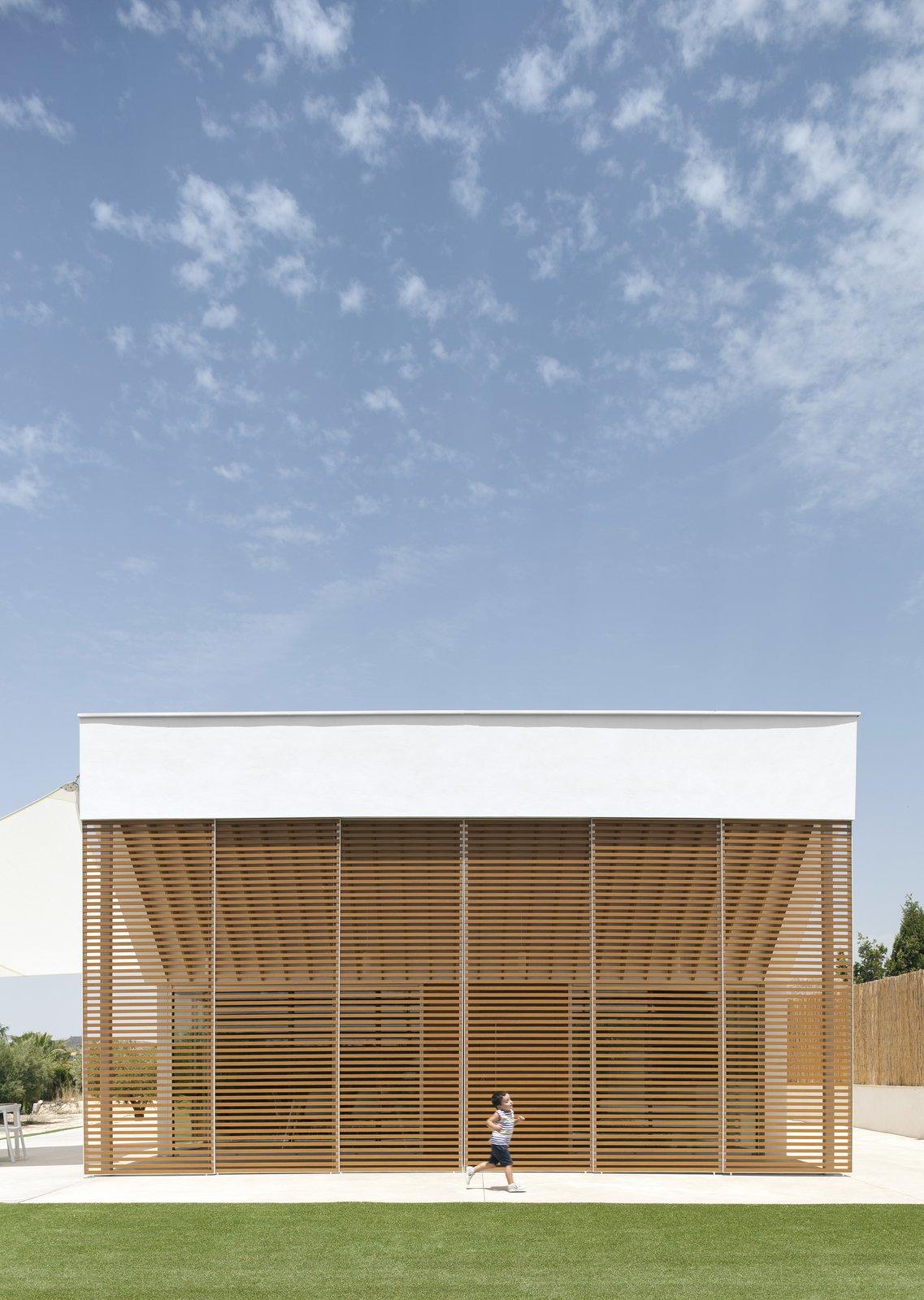 Exterior and House Building Type  Refurbishment for Eduardo, Laura & Enzo