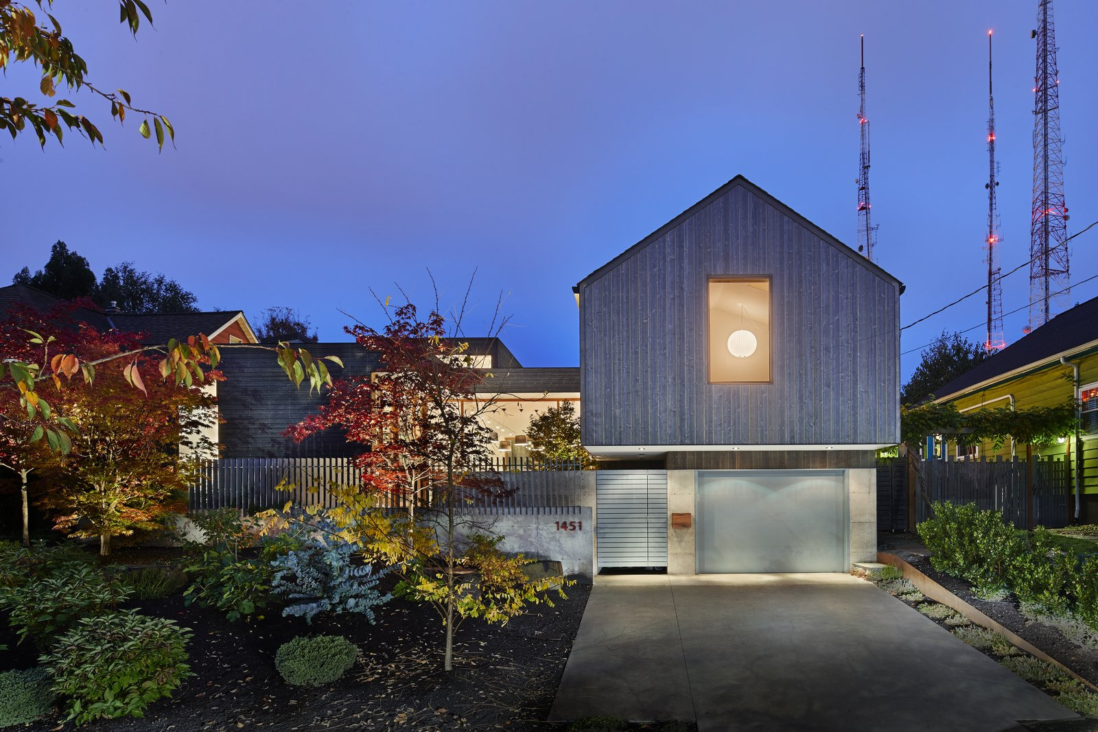 Artist Residence by Heliotrope Architects exterior