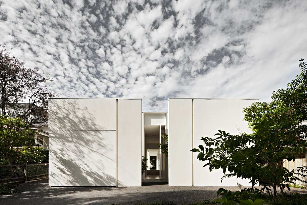 Exterior, House Building Type, Metal Roof Material, Concrete Siding Material, and Flat RoofLine  Photo 1 of 6 in An Introspective Home in Melbourne Offers Garden Views at Every Turn