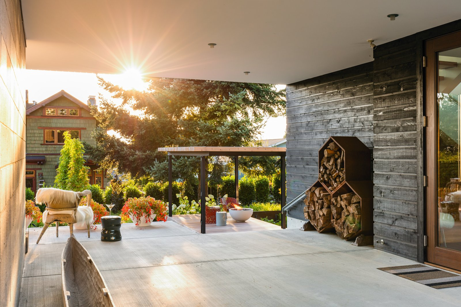 Outdoor, Walkways, Concrete Patio, Porch, Deck, and Side Yard  Magnolia Modern by Land Morphology