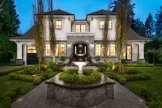 Opulent Estate in Vancouver's Premier Neighbourhood