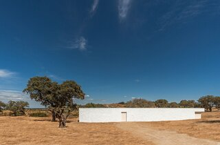 A Striking Holiday Home in Portugal Evokes the Poetry of the Surrounding Landscape