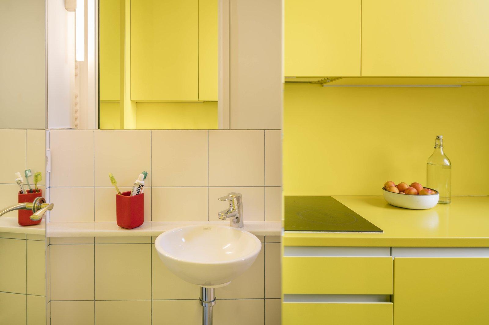 BYG House by Gon Architects bathroom