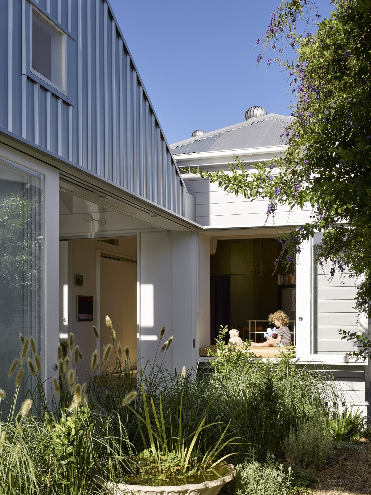 Annerley House by zuzana&nicholas garden