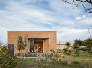 A West Texas Couple Get a Rammed-Earth Addition That Syncs With the Landscape
