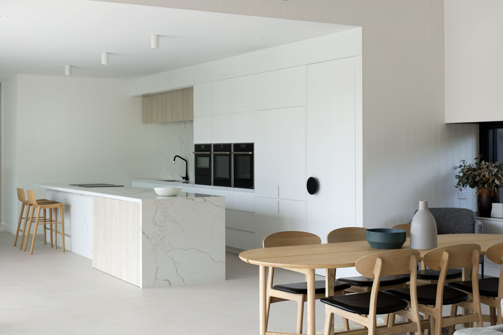 Kitchen, Ceiling, Stone, Stone Slab, Wall Oven, Cooktops, Ceramic Tile, and White  Kitchen Cooktops Wall Oven Ceramic Tile Stone Slab White Photos from Warraweena