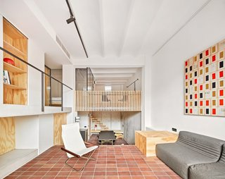 A Renovation Turns a Once-Abandoned Barcelona Building Into an Airy Home