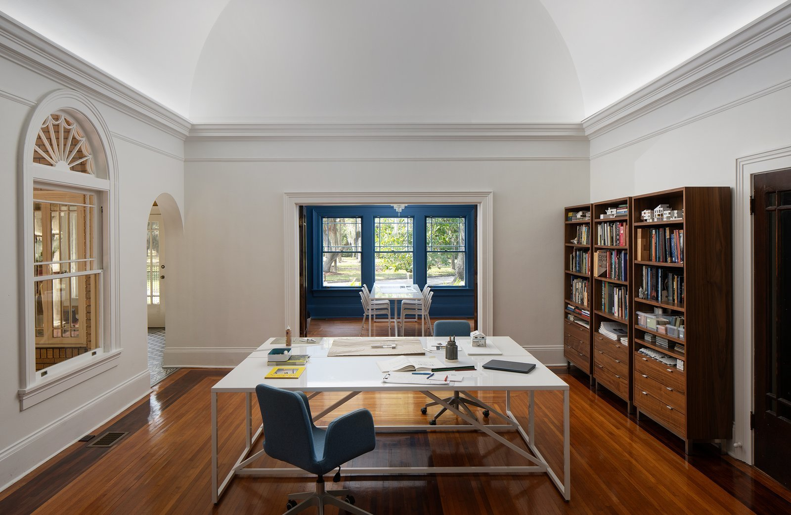 Dundee House study