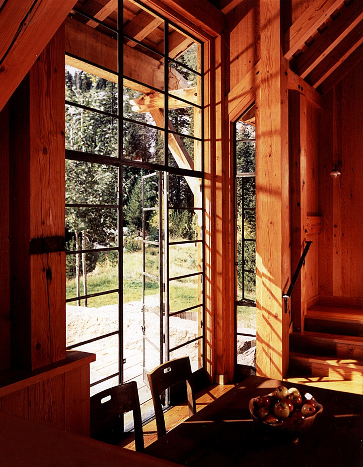 Photo 5 of 11 in A Rustic Home Rivals the Rugged Beauty of Its Forest Setting