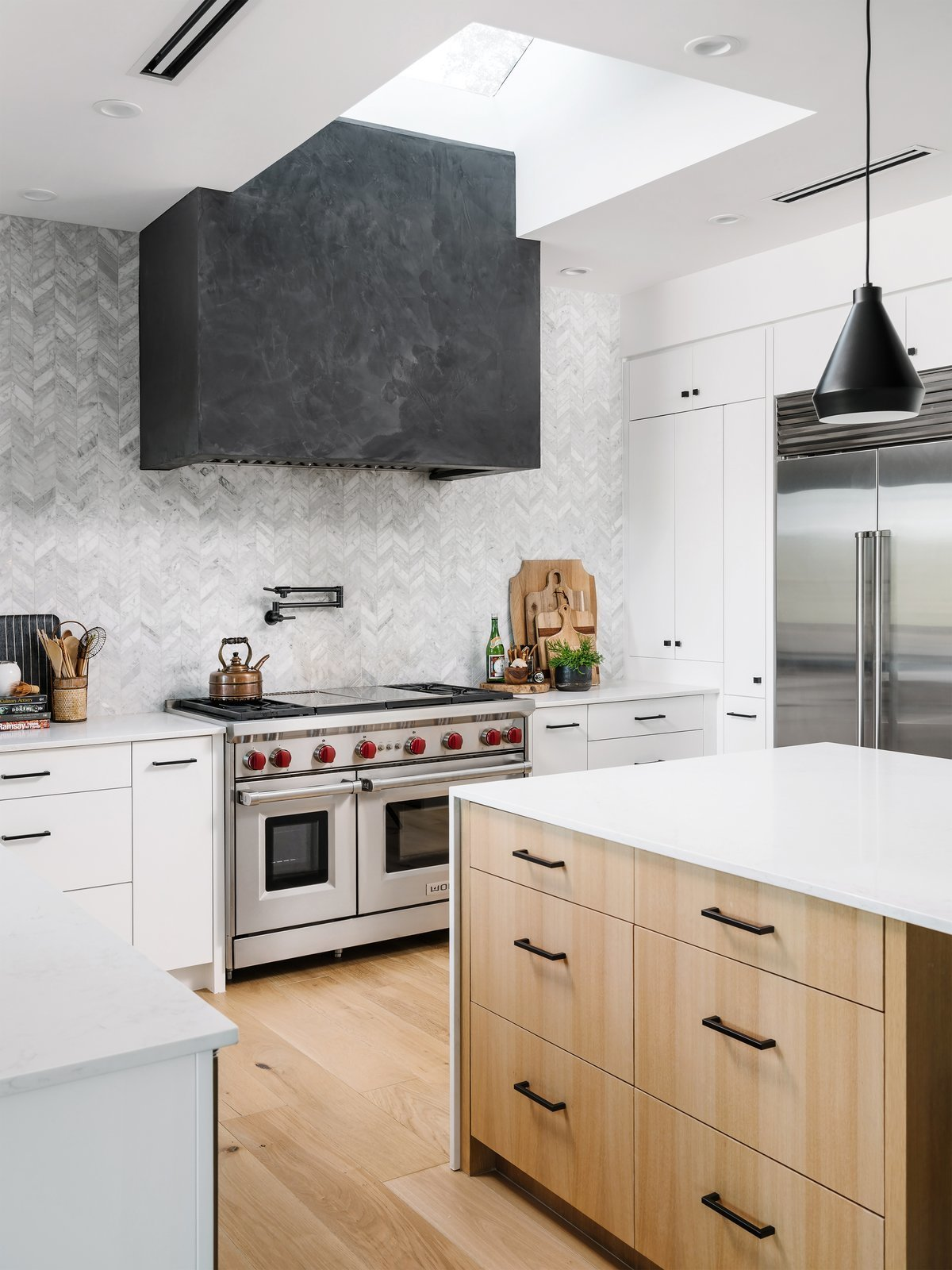 Aqua Verde Residence kitchen