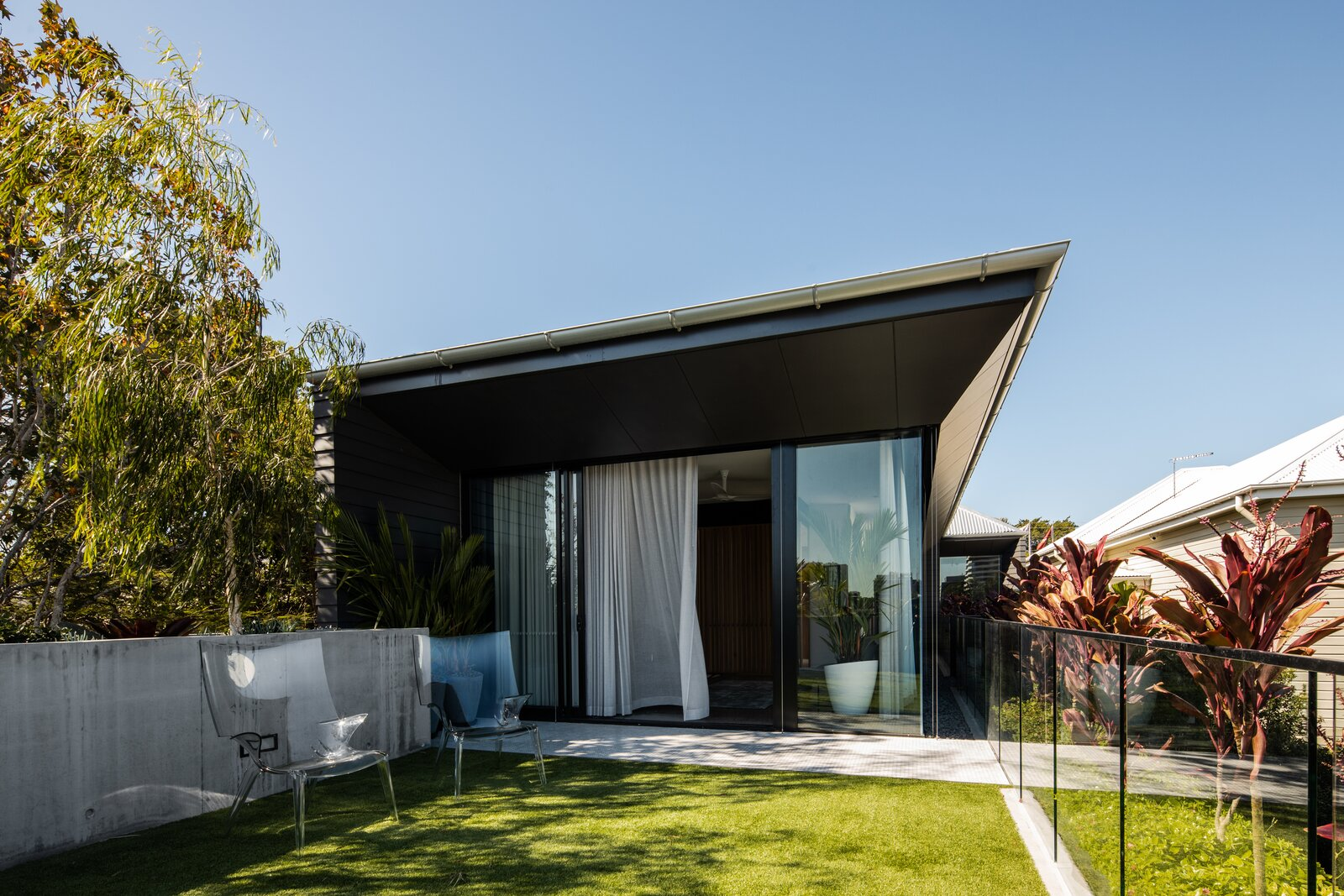 Danny's House Shaun Lockyer Architects roof terrace