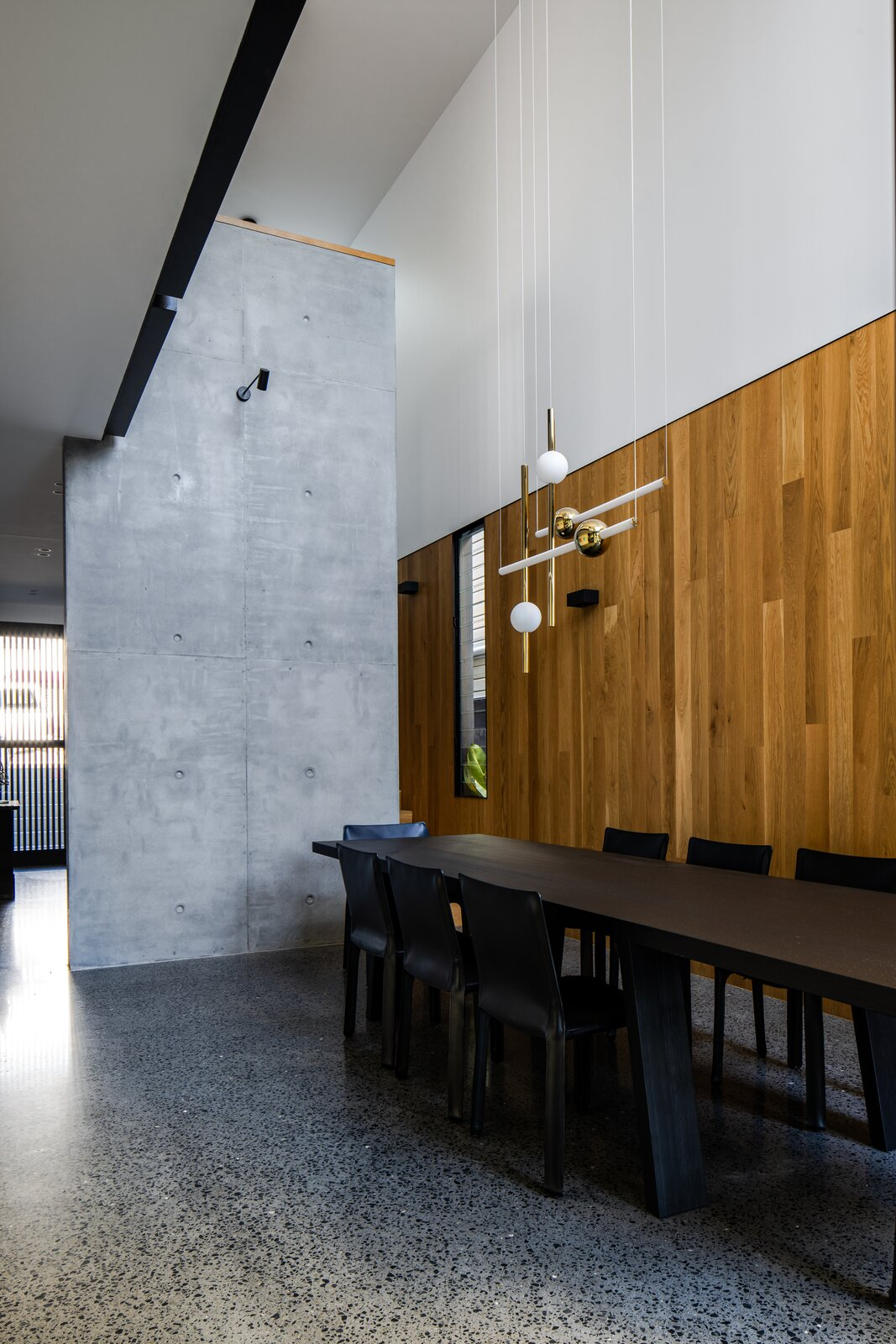 Danny's House Shaun Lockyer Architects dining room