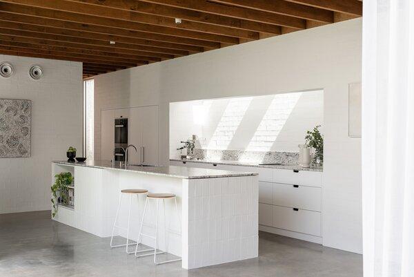 Best 60 Modern Kitchen White Cabinets Design Photos And Ideas Dwell