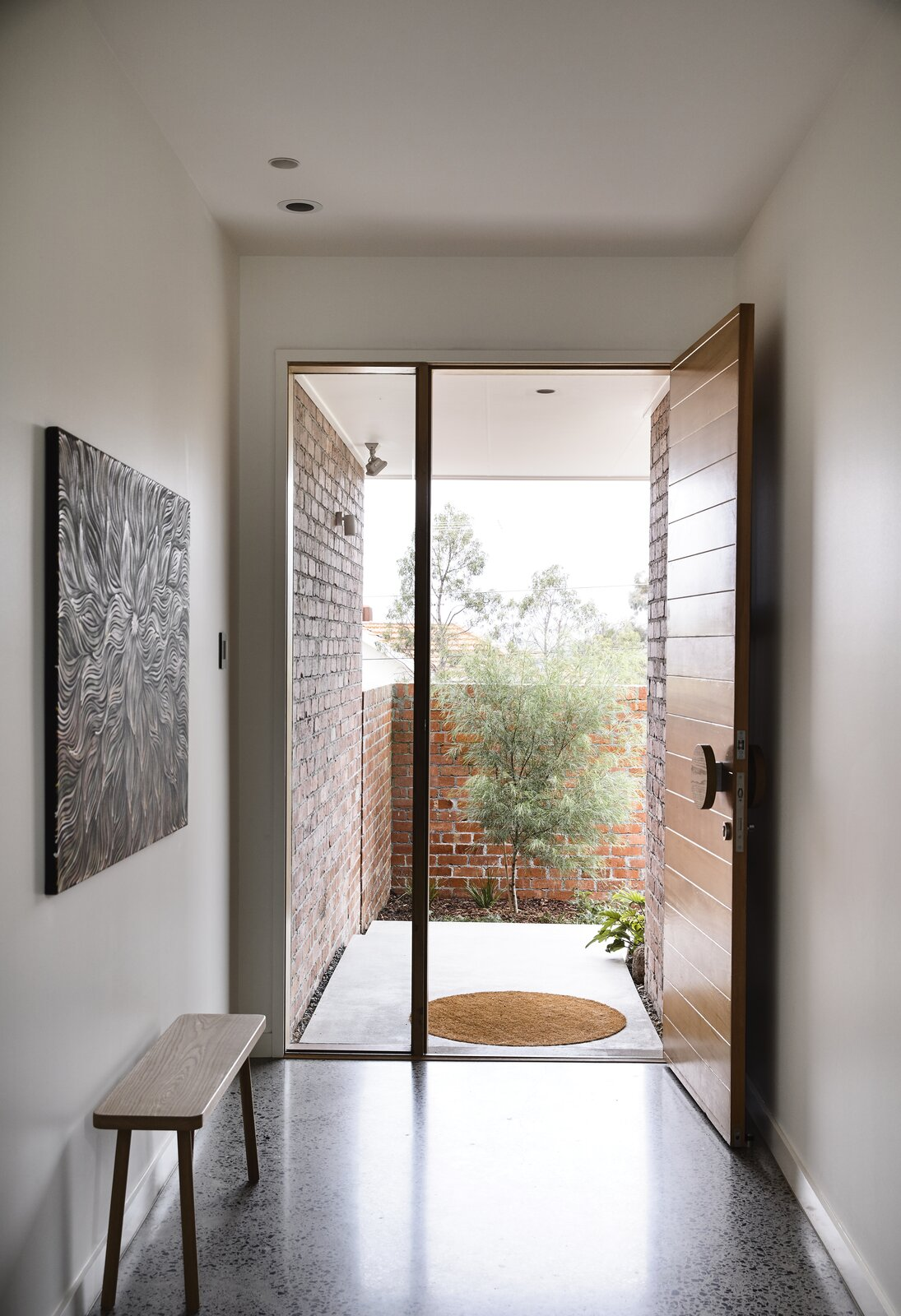 Photo 2 of 25 in This Melbourne Home Sits Pretty on a Slightly Sloped Site