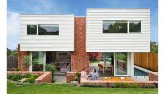 This Melbourne Home Sits Pretty on a Slightly Sloped Site