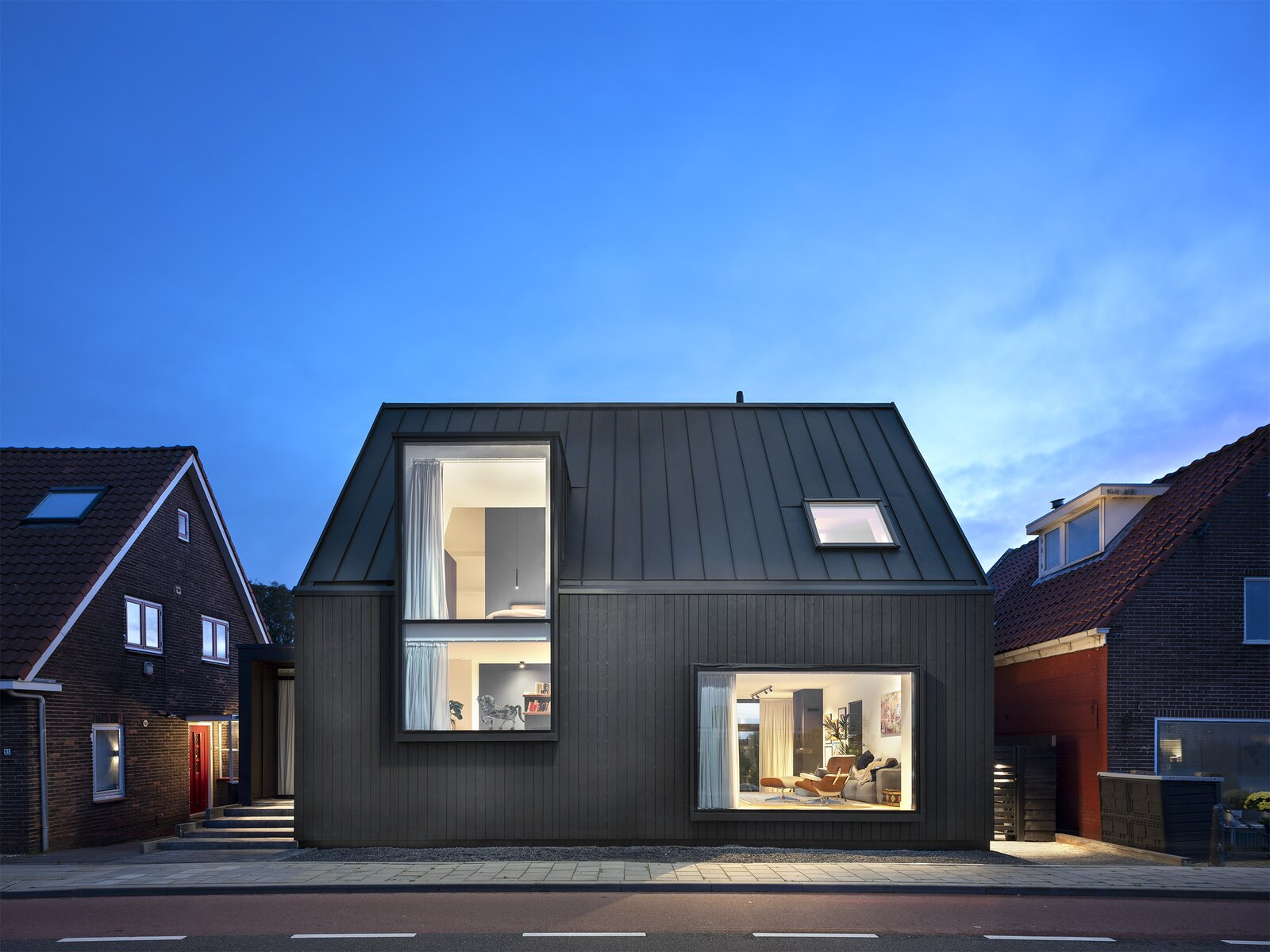 Black Timber Dykehouse
