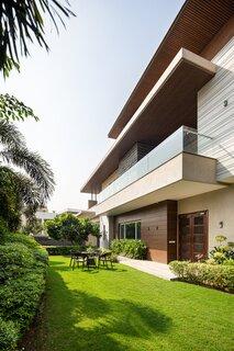 Dr Likhi's Residence