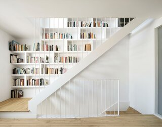 A Seaside Home Near Barcelona Gets a Bright Update With a Top-Level Library