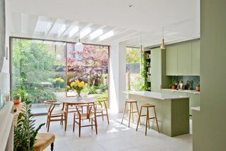 A London Terrace House Gets a Bright Extension That Honors Its Arts and Crafts Heritage
