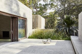 A Brutalist-Inspired Home in Australia Maintains a Breezy Connection to the Bush